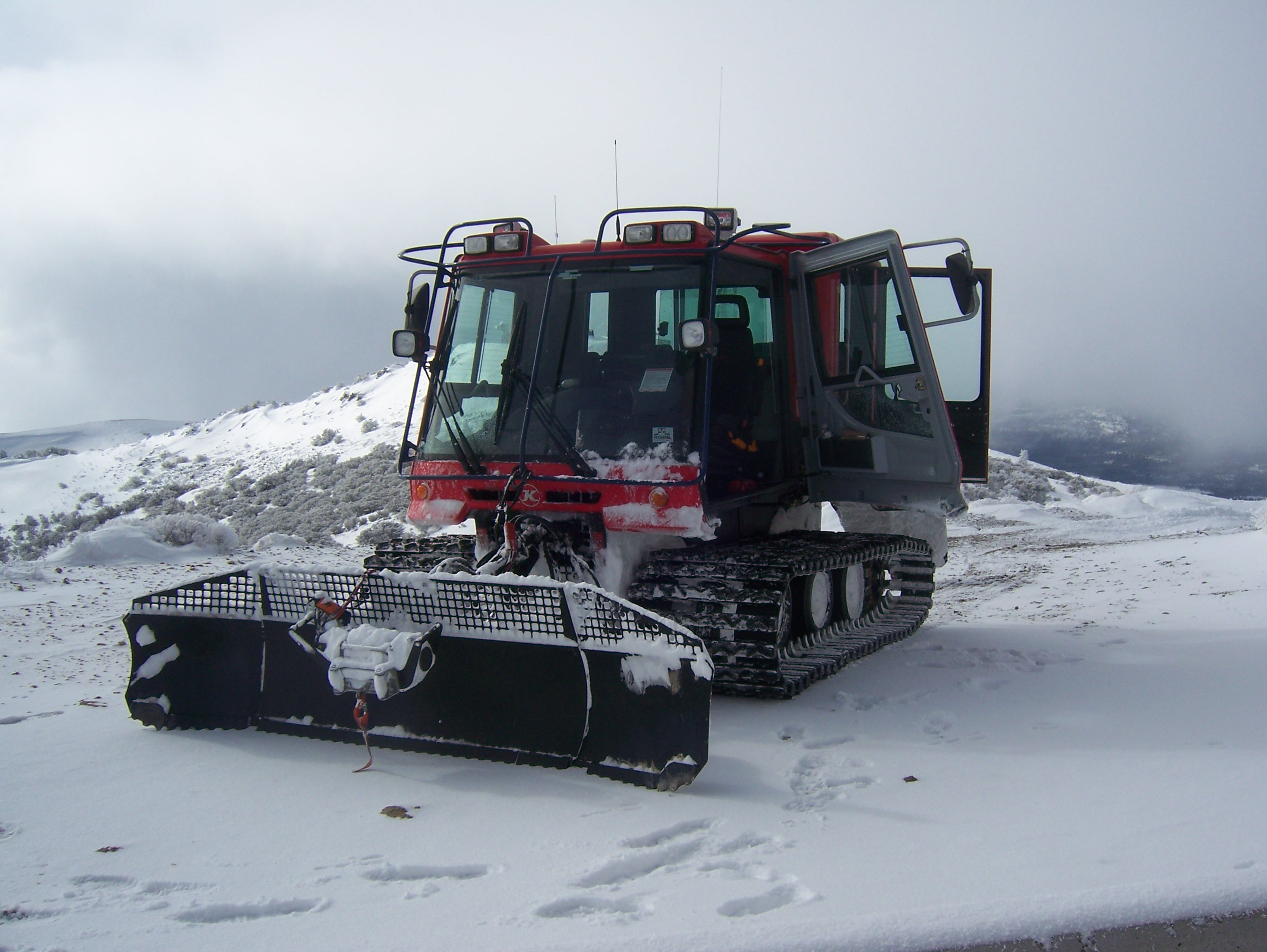 2012 Snowcat Training 004